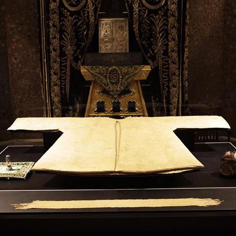 フルカーイシェリフ、預言者ムハンマドの上着修復保存及び保管室の修復
